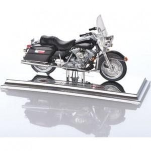 Μινιατούρα 1:18 Harley Davidson FLHR Road King 1999