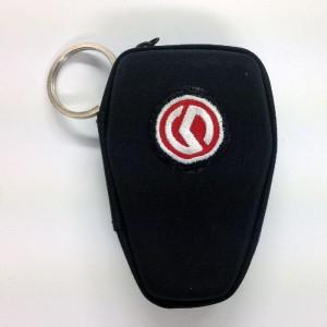 Θήκη κλειδιών σκληρή με κρίκο SYM logo