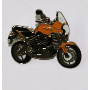 Pin (καρφίτσα) Kawasaki Versys πορτοκαλί (μπρελόκ)