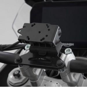 Βάση GPS SW-Motech Quick-Lock στην τιμονόπλακα Triumph Tiger 900 GT/Rally/Pro