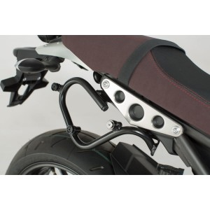Βάση πλαϊνής βαλίτσας / σαμαριού SLC Yamaha XSR 900 αριστερή